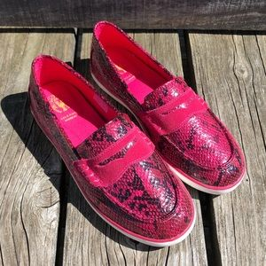 🆕List! Cole Haan Pink Snake Embossed Loafers! NEW